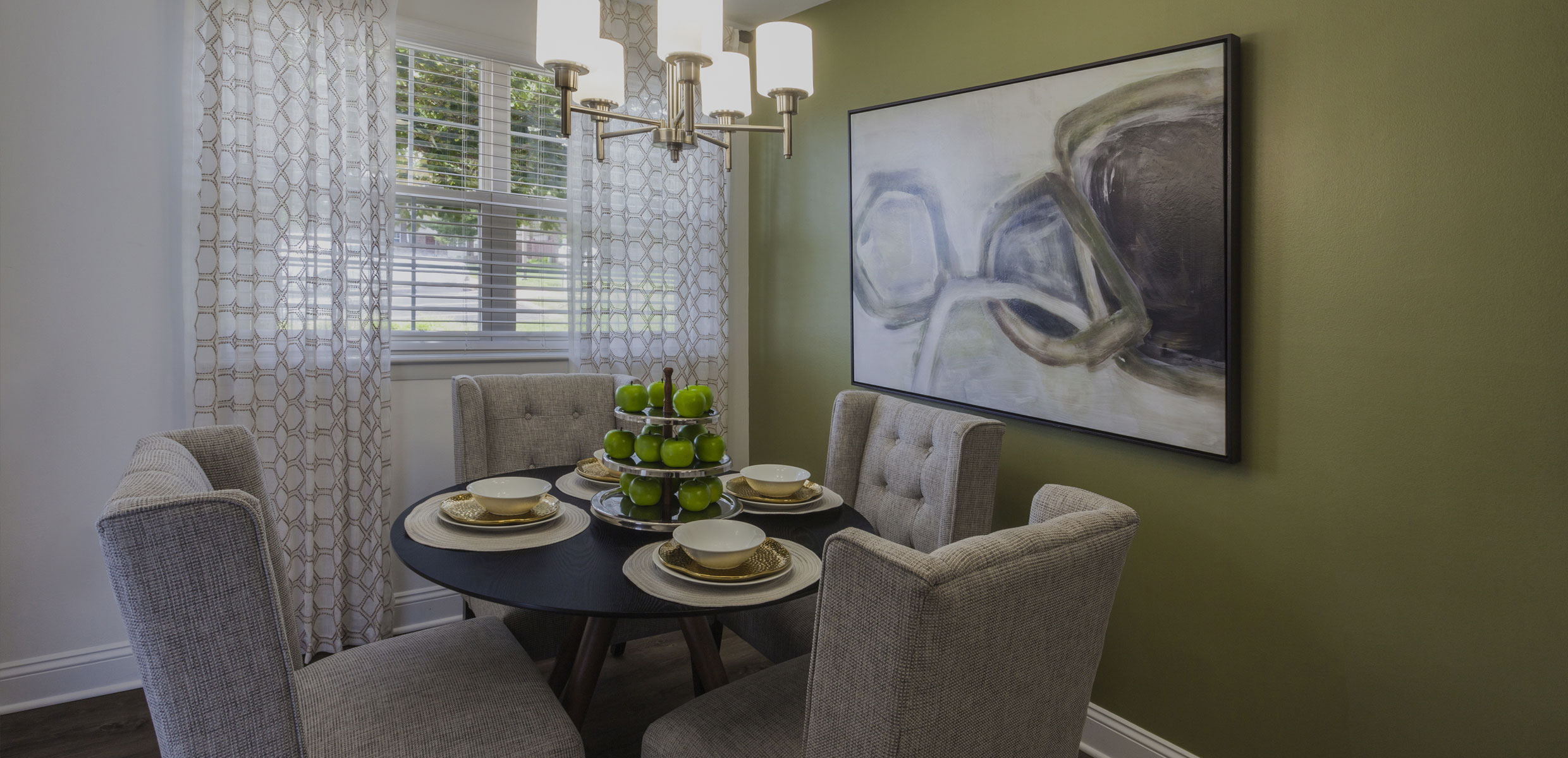 Regency Woods Apartments Dining Room
